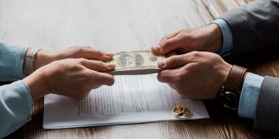 How Are Retirement Accounts Handled in Divorce?, Granville, Ohio