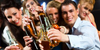 Top 3 Reasons to Take Your Party to the Bar at Twisted Pickle Tavern, Douglasville-Lithia Springs, Georgia