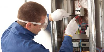 The Top 3 Reasons to Hire a Licensed Electrician, Fort Dodge, Iowa