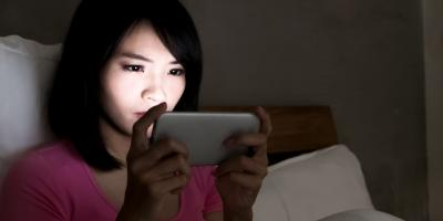 3 Reasons to Avoid Using Your Phone at Night, Honolulu, Hawaii