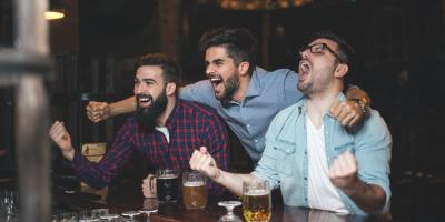 3 Ways to Make Friends at a Sports Bar, Queens, New York