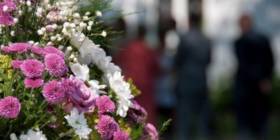 3 Creative Ideas to Personalize Funeral Services, Tse Bonito, New Mexico