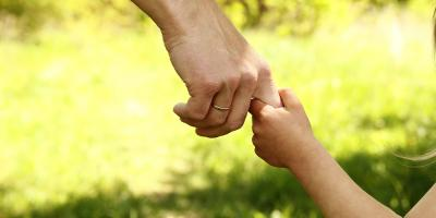 5 Ways to Emotionally Support a Child After the Loss of a Parent, Tse Bonito, New Mexico