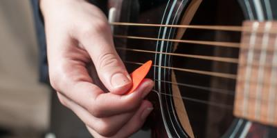 Should You Choose an Acoustic or Electric Guitar?, Elko, Nevada