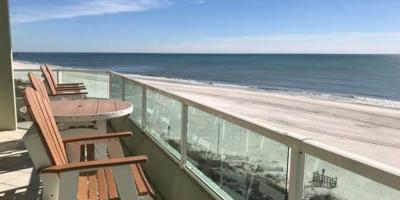 Why Fall is a Good Time to Hit the Beach, Gulf Shores, Alabama