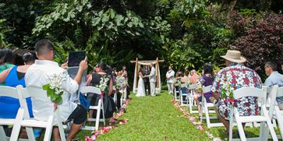5 Reasons to Choose Haleiwa Joe's for Your Wedding Venue, Waialua, Hawaii