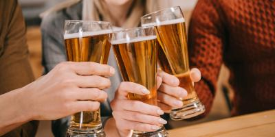 The Do's & Don'ts of Going to Happy Hour With Coworkers, Honolulu, Hawaii