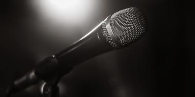 5 Tips for Overcoming Stage Fright at a Karaoke Bar, Honolulu, Hawaii