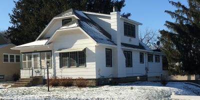 PRICE REDUCTION !!  1404 Norwood St. Red Wing, MN 55066 -- offered by Brady Lawrence of LAWRENCE REALTY, INC., Red Wing, Minnesota