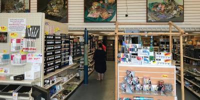 3 Reasons to Shop at a Local Art Store Instead of Online, Honolulu, Hawaii
