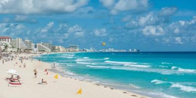 Por qué los vuelos internacionales a Cancún son perfectos para las fiestas, New York, New York