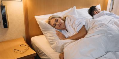 How to Check for Bed Bugs in a Hotel, West Plains, Missouri