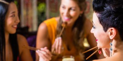 3 Considerations When Dining Out With Friends, Waialua, Hawaii