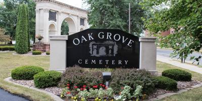 Oak Grove Cemetery Walking Tour Sights: Civil War Monument, La Crosse, Wisconsin