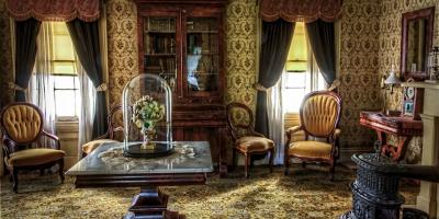 Have Antiques From an Auction? Here's How to Decorate Efficiently, Lincoln, Nebraska