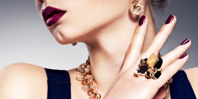 3 Reasons to Shop at Nuha Jewelers in Plainview's Top Mall, Oyster Bay, New York