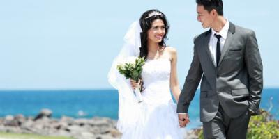 Honolulu's Party Venue Offers 3 Ideas for a Fresh, Spring-Themed Wedding, Honolulu, Hawaii