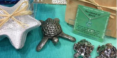 3 Gift Ideas From a Hawaiian Quilt Shop, Kihei, Hawaii