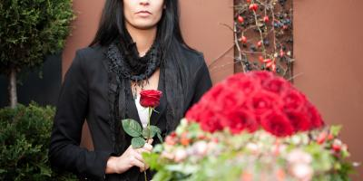 4 Ways to Offer Condolences From Long-Distance, Wisconsin Rapids, Wisconsin