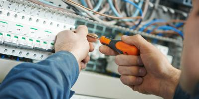 3 Signs You Need the Help of a Professional Electrician, Demorest, Georgia