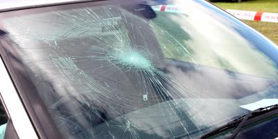 3 Causes of Windshield Cracks, Rochester, New York