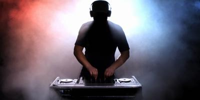 Top 3 Reasons You Should Always Hire a Professional DJ, South Hackensack, New Jersey