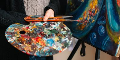 Relax This Weekend at a Paint & Sip Class, Manhattan, New York