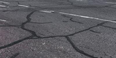 What You Should Know About Asphalt Crack Repairs, Lexington-Fayette Northeast, Kentucky