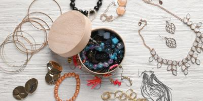 The Do's and Don'ts of Selling Jewelry at Pawn Shops, Cheviot, Ohio