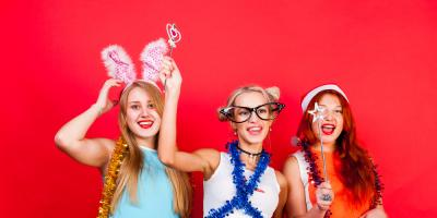 3 Engaging Prop Ideas for a Wedding Photo Booth, Fort Worth, Texas