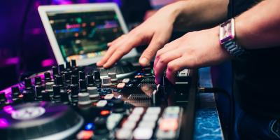 How to Choose Between a DJ or a Band for Your Party, New York, New York