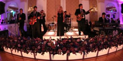 4 Reasons a Live Band Is the Perfect Wedding Entertainment, Oyster Bay, New York