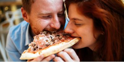 3 Reasons to Choose Pizza for Your First Date Meal, Covington, Kentucky