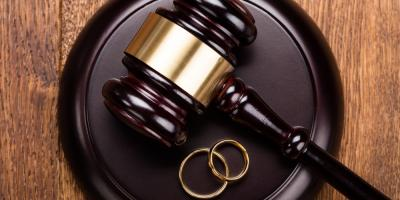 What Are the Differences Between a Divorce & a Legal Separation?, Clayton, Missouri
