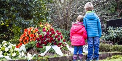 How to Talk to Your Children Before the Burial Service, St. Louis, Missouri