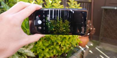 This could be the first images of Samsung's bending smartphone. http://ow.ly/XwLp30bYJGl, Washington, Ohio