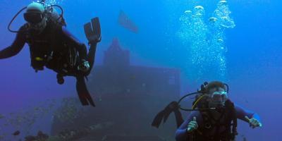 3 Oahu Shipwreck Dives for Thrill-Seekers, Honolulu, Hawaii