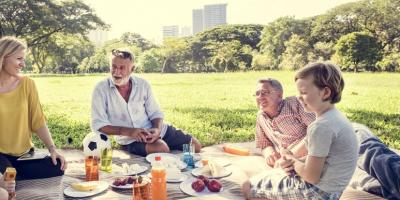 5 Activities Caregivers Can Do With Seniors in the Summertime, St. Louis, Missouri