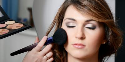 3 Tips to Make Glamorous Makeup Look More Natural, Seymour, Connecticut