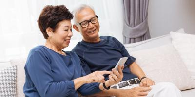 3 Ways Seniors Can Maintain a Social Connection, Honolulu, Hawaii