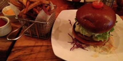 Learn to Love Eating Healthier with Organic Food at Smokey Burger Organic in NYC, Manhattan, New York