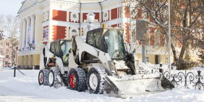 3 Reasons to Hire a Professional Snow Removal Company for Your Business, Suffield, Connecticut