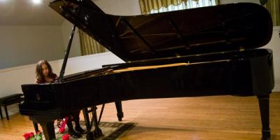 4 Reasons Piano Lessons Make the Perfect Summer Activity for Kids, Anchorage, Alaska