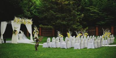 5 Backyard Wedding Tips From a Portable Toilet Rental Company, Gridley, California