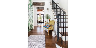 A HISTORICAL HOME GETS AN INDOOR-OUTDOOR MAKEOVER FOR THE AGES, Flower Mound, Texas