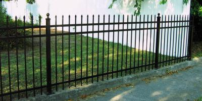 How to Choose Between a Wrought Iron & Aluminum Fence, Statesboro, Georgia
