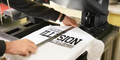 4 Reasons to Give Employees Branded T-Shirts, Strongsville, Ohio