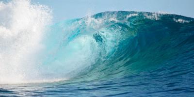 Surfing 101: How to Choose a Good Wave, Santa Monica, California