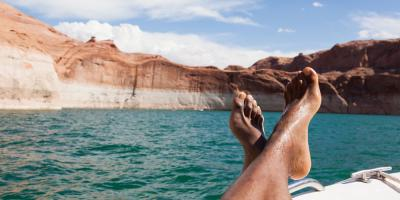 This Spring, Come Dive into This Lake Powell B&B in AZ, Page, Arizona