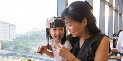 3 Tips for Eating Out for Dinner With a Picky Child, Honolulu, Hawaii